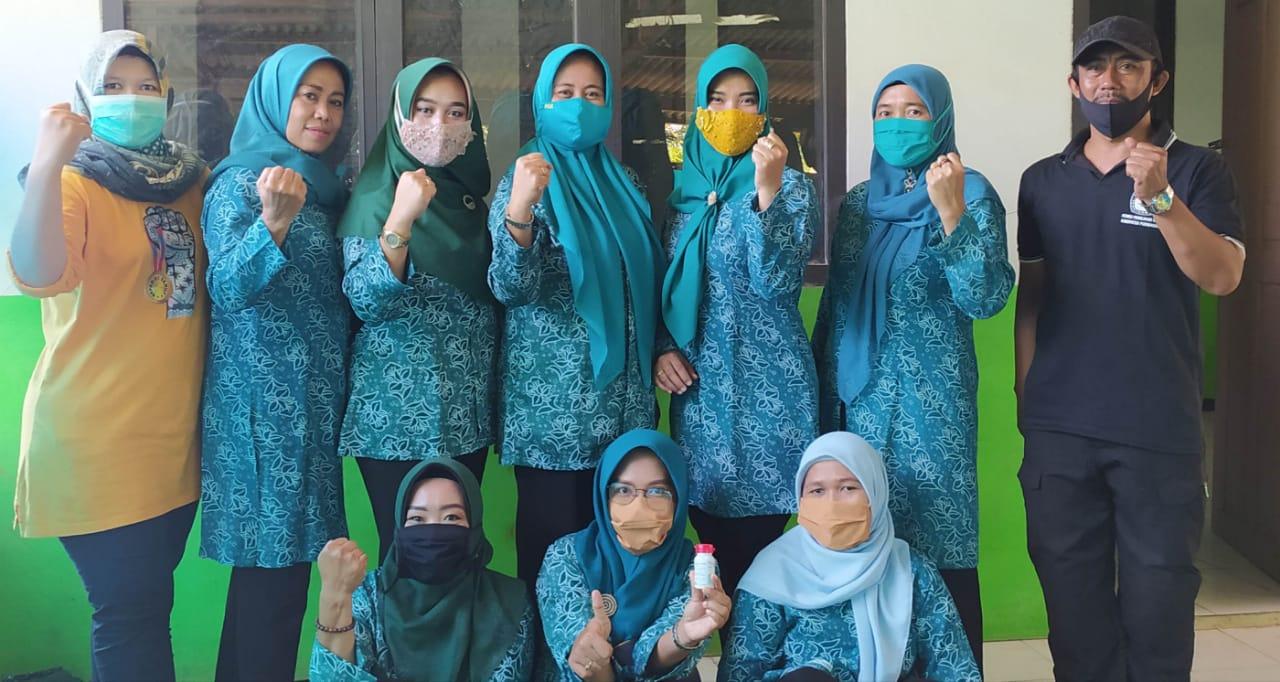 Pemberian Vitamin A untuk balita dan pemberian Masker di Desa Tanjungsari